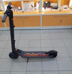 Ηλεκτρικό σκούτερ Ninebot από το Segway Kickscooter ES2