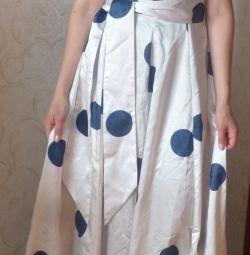 Плаття до підлоги в горошок