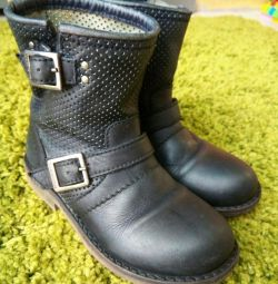 Boots for autumn Bikkembergs