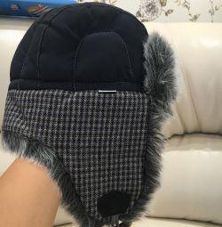 Зимова шапка на хутрі Дитяча