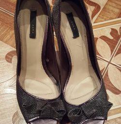 Γυναικεία παπούτσια.