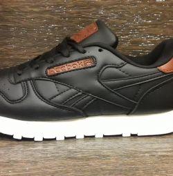 Ανδρικά παπούτσια Reebok classic για γυναίκες