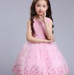 Новое пышное платье для пухленькой девочки