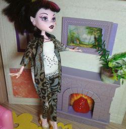 Ρούχα για την κούκλα Monster High