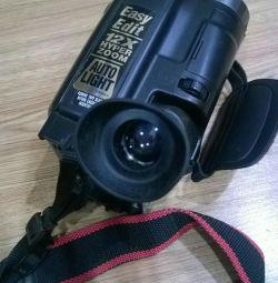 Відеокамера JVC GR-AX 68