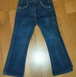 Jeans pentru o fată, înălțime 110-116 (4-6 ani)