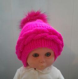 Красивая пуховая шапочка для малышки ручная работа