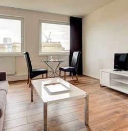 STUNNING 1 BEDROOM FLAT, CCTV,WOODEN FLOORS, FURNISHED SECURED PARKING IN Luke House, Westminster