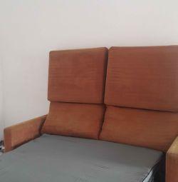 Canapea pat