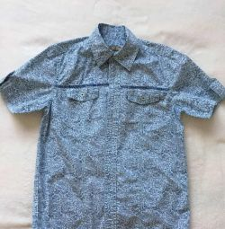Shirt on the boy p. 130-135 cm approximately