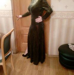 Εκπληκτικό, βράδυ, μακρύ φόρεμα