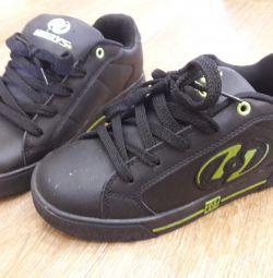 Ботинки-ролики