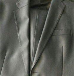 Классный костюм стального цвета с отливом