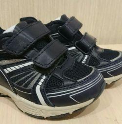 Ανδρικά παπούτσια, σε άριστη κατάσταση, φινλανδικά