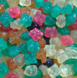 Plastic pebbles for decoration