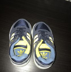 adidas 20 πάνινα παπούτσια μεγέθους 12,5 cm