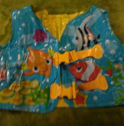 Pool inflatable vest