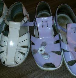 Pantofi, sandale