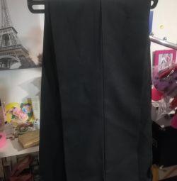 Нові шкільні брюки