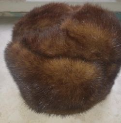 Mink hat - molding