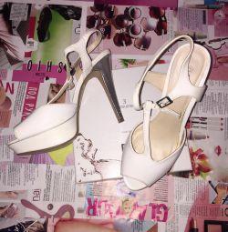 Παπούτσια 👟❤️