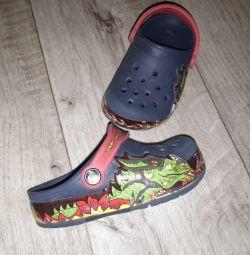 Сабо crocs c8 и сандали с11