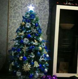 Πράσινο χριστουγεννιάτικο δέντρο με βελόνες LED