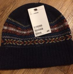 Новая шапка H&M