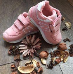 Children sneakers new