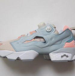Women's textile sneakers Insta Pump model