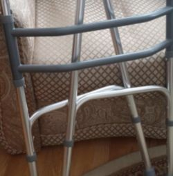 Περιπατητικές αναπηρικές καρέκλες