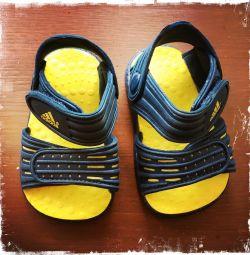 Adidas Kids Sandals New 19 Size