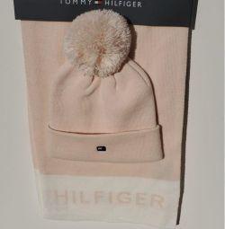 Tommy Hilfiger шапка+шарф