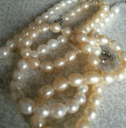 Margele. Perle naturale. Lungime 40 cm.