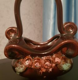 Вінтажна керамічна вазочка кошик