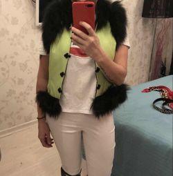 Vesta nouă de designer cu blană de vulpe 44-46