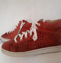 Δερμάτινο παπούτσι LIU-JO
