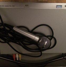 DVD player with karaoke