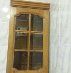 Ντουλάπι από ξύλο καρυδιάς