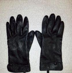 Mănuși din piele naturală pentru femei