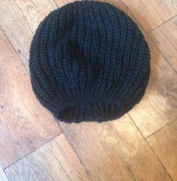 Pălărie caldă pentru femei