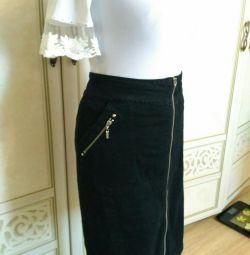 Классическая юбка на молнии р.52-54 LafeiNier