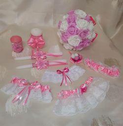Wedding bouquet hearth garter in pink