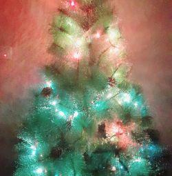 Χνουδωτό τεχνητό χριστουγεννιάτικο δέντρο