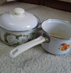 Pots 1.5l and 3l enameled