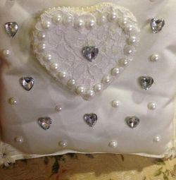 Νέο μαξιλάρι για δαχτυλίδια