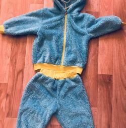 Warm suit