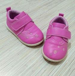 Παπούτσια 22-24 μέγεθος άνοιξη-καλοκαίρι για κορίτσι