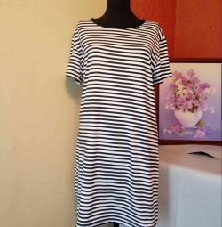 T-SHIRT-DRESS-TUNIK 44-46 (see measurements)