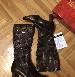Boots, 39-40 times, lacquer leather